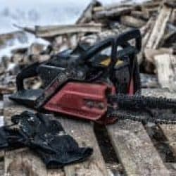 Why Chainsaw Users Need Anti-Vibration Gloves