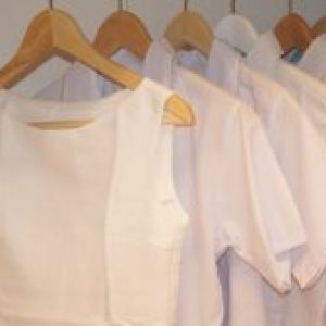 Minimalist Work Wardrobe: Guide To Dressing For Work